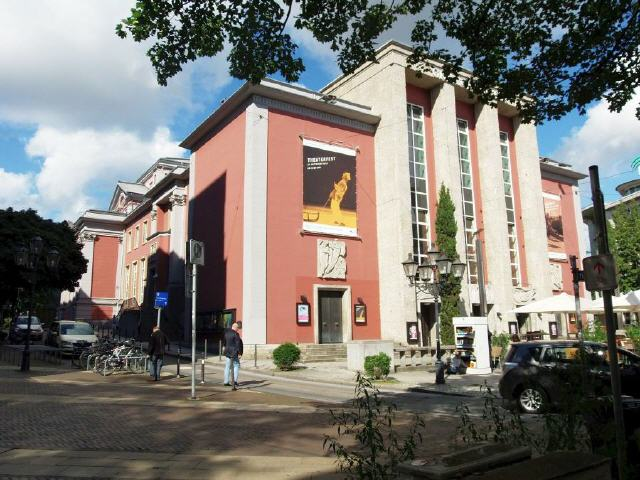 Essen-Grillo-Theater