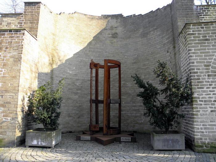 http://www.rheinruhronline.de/images/synagoge.jpg
